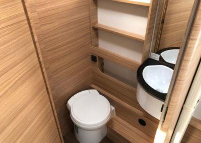 Dethleffs toilet 006