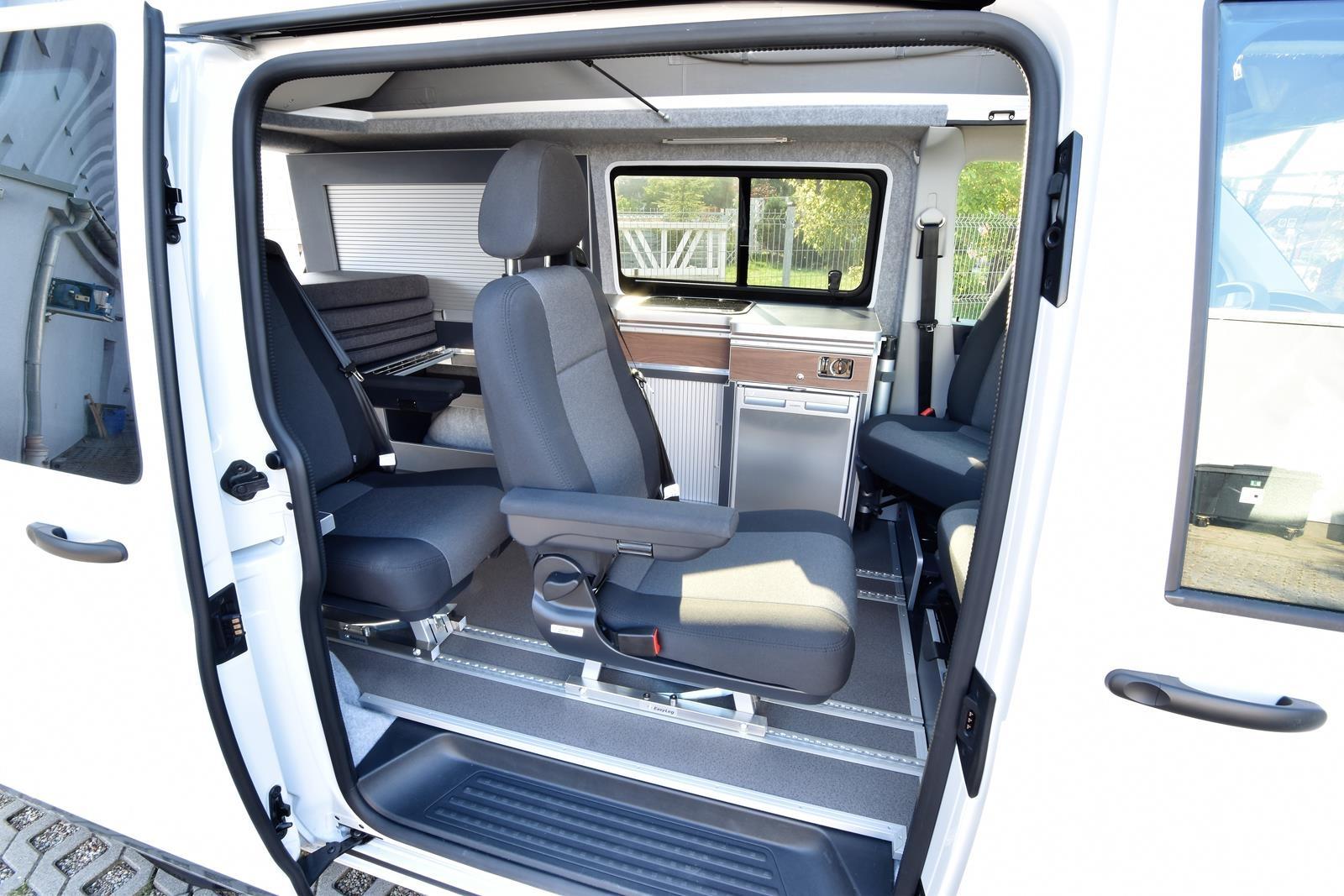 VW-krt passagiers 16
