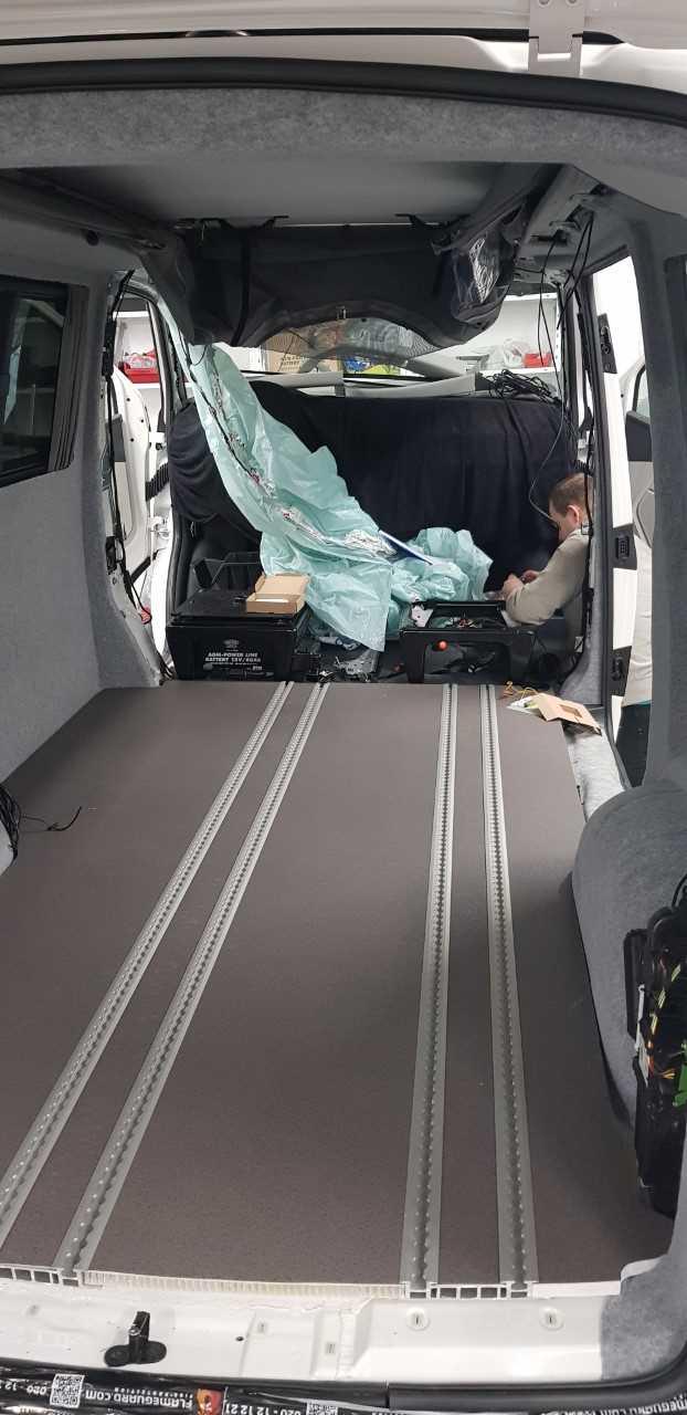 VW T6 in aanbouw 5