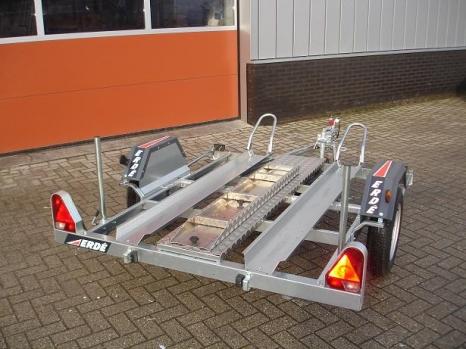Motortrailer Erde-CH751-2 (achterk)